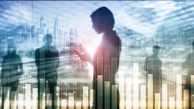 Biznesu i finanse wykres na zamazanym tle Handlowa?, inwestyci i ekonomii poj?cie, zdjęcie royalty free