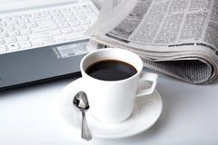 Biznesu wciąż filiżanka kawy i życie Obrazy Royalty Free
