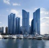 Biznesu wierza, miasto linia horyzontu, port w Haeundae, Busan, Południowy Kora obraz royalty free