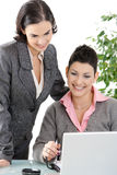 bizneswomanów biurka działanie Zdjęcie Royalty Free