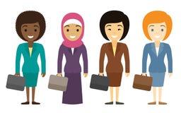 Bizneswomanów charaktery różny pochodzenie etniczne w mieszkaniu projektują Fotografia Stock