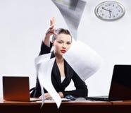 bizneswomanów laptopy dwa Obrazy Royalty Free