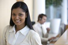 bizneswomanów uśmiechnięci young zdjęcie royalty free