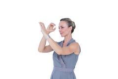 Bizneswoman gestykuluje z rękami Obraz Royalty Free