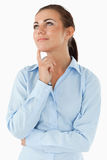 bizneswoman patrzeć target555_0_ myślący upwards Fotografia Stock