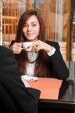 Bizneswoman pije kawę Zdjęcie Stock