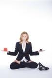 Bizneswoman robi joga przerwie Obrazy Stock