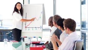 bizneswoman target1292_0_ wykres Zdjęcia Stock