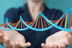 Bizneswoman używa nowożytnego DNA struktury 3D rendering Obrazy Royalty Free