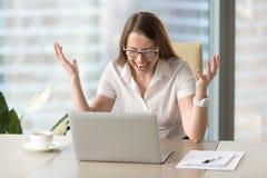 Bizneswoman w furii po straty informacja Obraz Royalty Free
