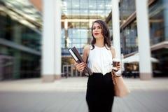 Bizneswoman w pośpiechu Zdjęcie Royalty Free