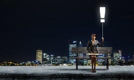 Bizneswoman z książką Zdjęcie Stock