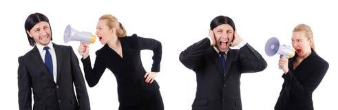 Bizneswoman z megafonem odizolowywającym na bielu i biznesmen Zdjęcie Royalty Free