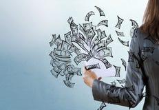 Bizneswoman z papierami w ręce Zdjęcie Stock