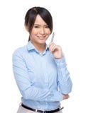 Bizneswoman z piórem up Zdjęcia Royalty Free