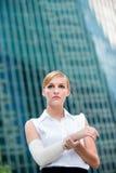 Bizneswoman Z Zdradzoną Ręką Zdjęcie Royalty Free