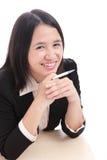 bizneswomanu ślicznej damy biurowi pióra uśmiechy Obrazy Stock