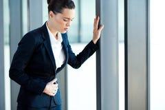 Bizneswomanu żołądka obolałość Fotografia Royalty Free