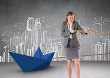 Bizneswomanu ciągnięcia papieru łódź z arkaną w pokoju Zdjęcie Royalty Free