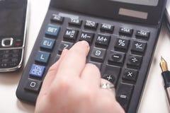 bizneswomanu kalkulator Obraz Stock