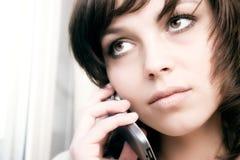 bizneswomanu komórki przy telefonie Fotografia Stock