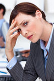 bizneswomanu migreny cierpienie Zdjęcie Stock