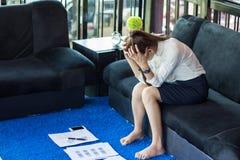 Bizneswomanu uczucia stres od pracy fotografia stock