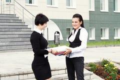 bizneswomany szczęśliwi dwa Fotografia Royalty Free