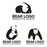 Björnlogo i negativt utrymme för din affär eller ditt företag vektor illustrationer