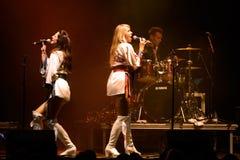 Bjorn Again (tributo de la banda a ABBA) se realiza en el festival de oro del renacimiento Imágenes de archivo libres de regalías