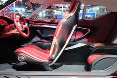BKK - 11月28日:MG象, SUV概念汽车室内设计,在二 库存图片