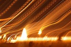 Blänka sikt av templet under natt med ljus Royaltyfri Bild