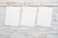 Blätter für das Schreiben der Mitteilung Stockfotografie