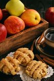 Blätterteige mit Apfel und Zimt Stockfotos