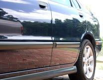 blå bil royaltyfri fotografi
