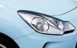 blå bilbillykta Arkivbild