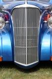blå biltappning Arkivfoto