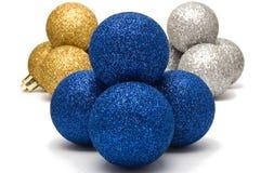 blå blank julgarnering för bollar Fotografering för Bildbyråer