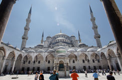 blå borggårdistanbul moské Arkivbild