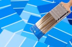 blå borstemålarfärg Royaltyfri Fotografi