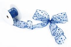 blå bow Royaltyfria Bilder
