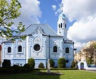 blå bratislava kyrka Royaltyfria Foton