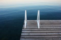 blå brygga Royaltyfria Foton
