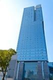 blå byggnadskontorssky Arkivbilder