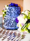blå cake Arkivbild