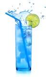 blå coctail martini Royaltyfri Bild