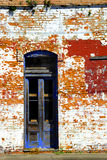 blå dörröppning Arkivfoton