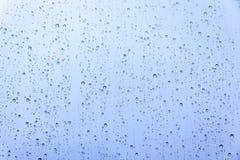 Blå droppvattenbakgrund Royaltyfri Fotografi