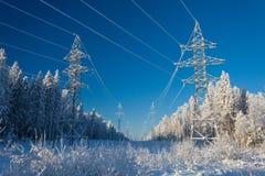 blå elektrisk överföring för sky för elektricitetsströmpylon Royaltyfria Bilder