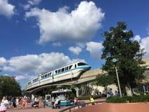 Blå enskenig järnväg Royaltyfri Fotografi